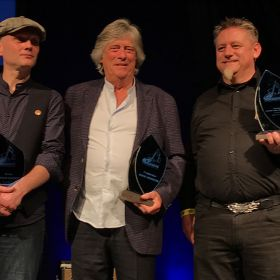 Martin Bruendler receives European Blues Award